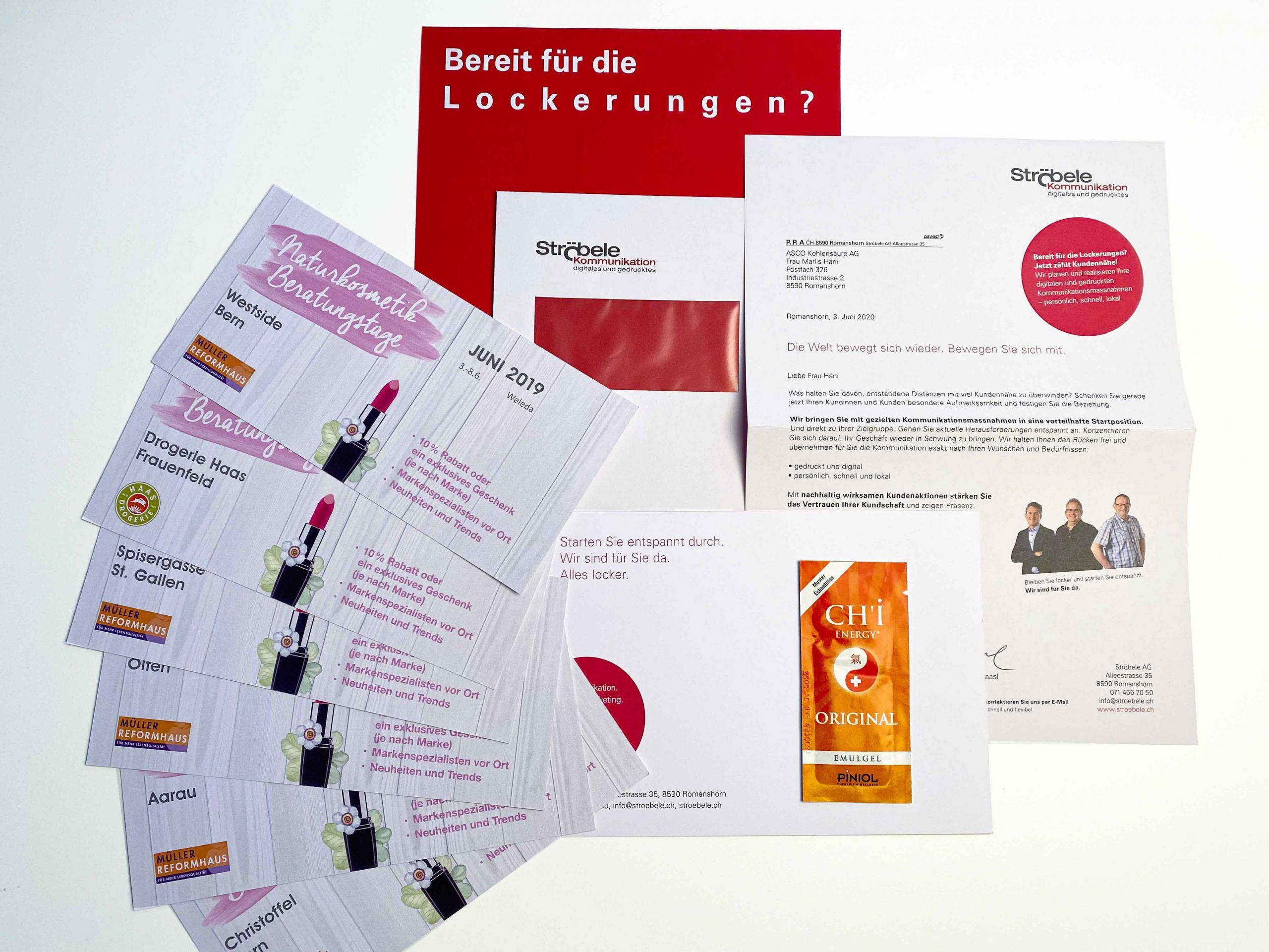 Beispiele von personalisierten Werbesendungen aus der Druckerei Ströbele: Karten für Kosmetik-Beratungstage und Mailingbrief mit Sportgel in eigener Sache